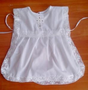 Крестильное платье-накидка  c вологодским крестиком