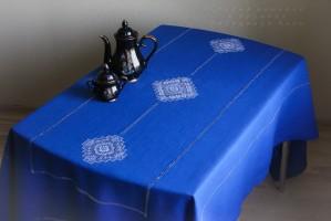 Скатерть  3 кубанца синяя  (+6 салфеток по желанию)
