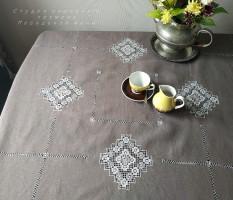 Скатерть квадратная 147/147 кофе с молоком лен  (+салфетки по желанию)